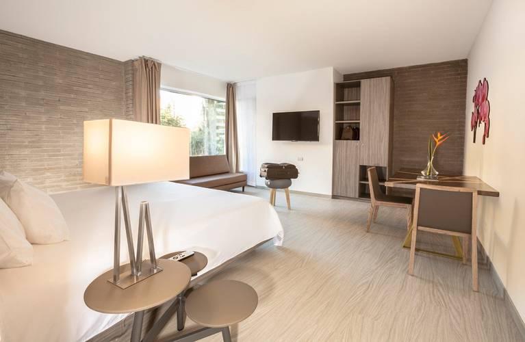 Habitación hotel viaggio medellín